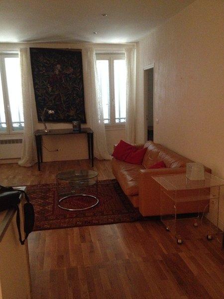 Bel appartement calme près du port de La Seyne, location de vacances à La Seyne-sur-Mer