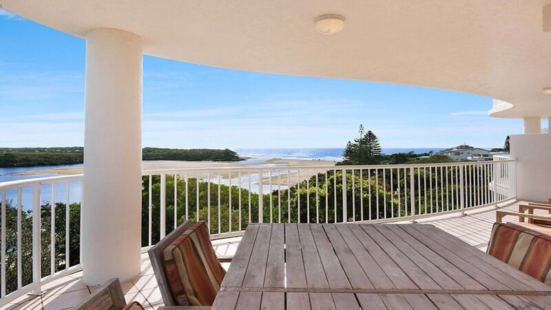 The Entrance Unit 11 Currimundi, holiday rental in Parrearra