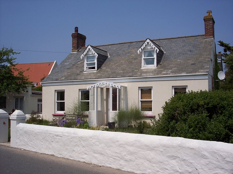 Vazon Cottage