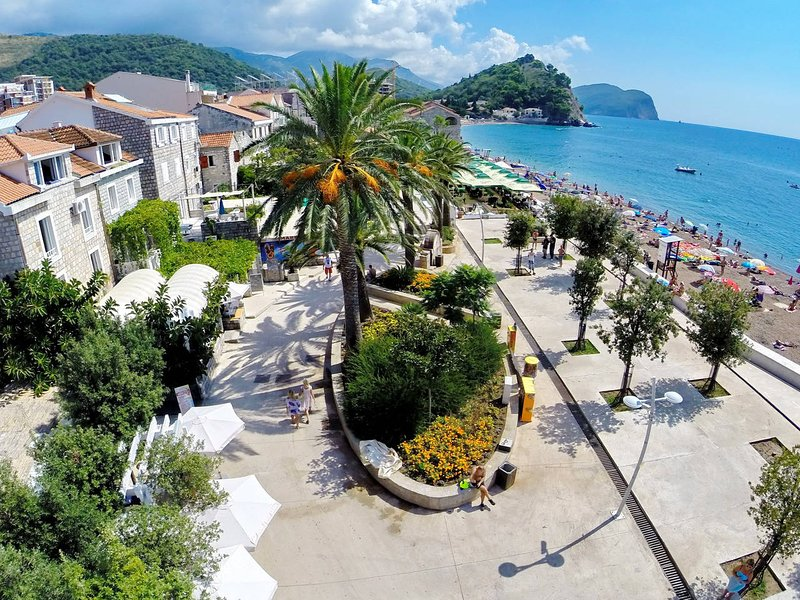 Apartments More - app 1/4+1 nr.6, vacation rental in Petrovac