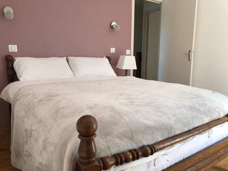 Les Chênes du Gueymut - Luxury Rural Retreat, casa vacanza a Damazan