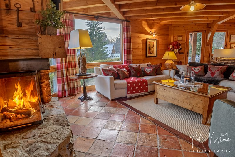 5 Star Chalet Camomille in pretty Les Gets, vacation rental in Les Gets