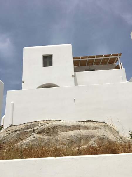 Splendide appartement idéalement situé, holiday rental in Agia Anna