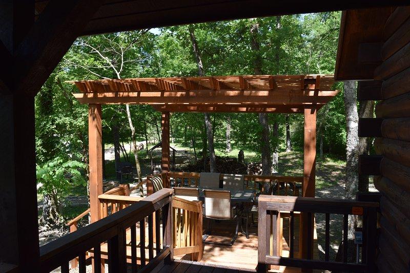 Plataforma fora varanda para refeições ao ar livre ou relaxar