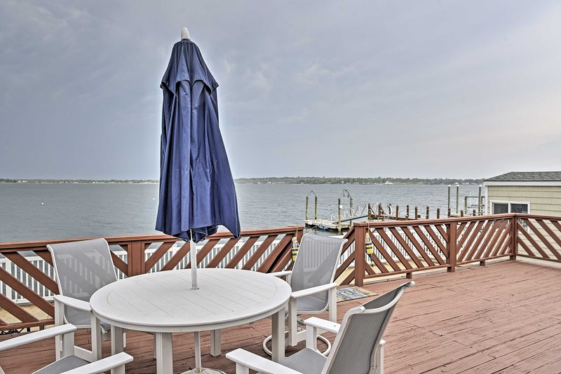 Welcome to your waterfront Rhode Island vacation rental!