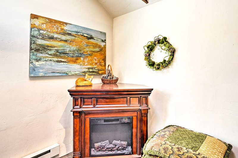 Cuddle close to the fireplace on cooler evenings.
