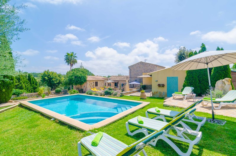 SES VELLETES - Villa for 5 people in Artà, aluguéis de temporada em Arta