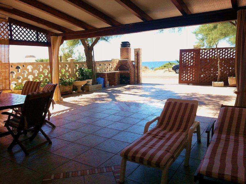 I Monaci front beach Specchiarica, Ferienwohnung in Torre Colimena