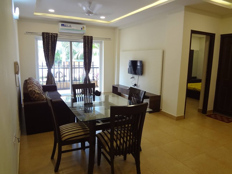 1 bhk Apartment nr club cabana FB nm holiday goa home stay option, holiday rental in Parra