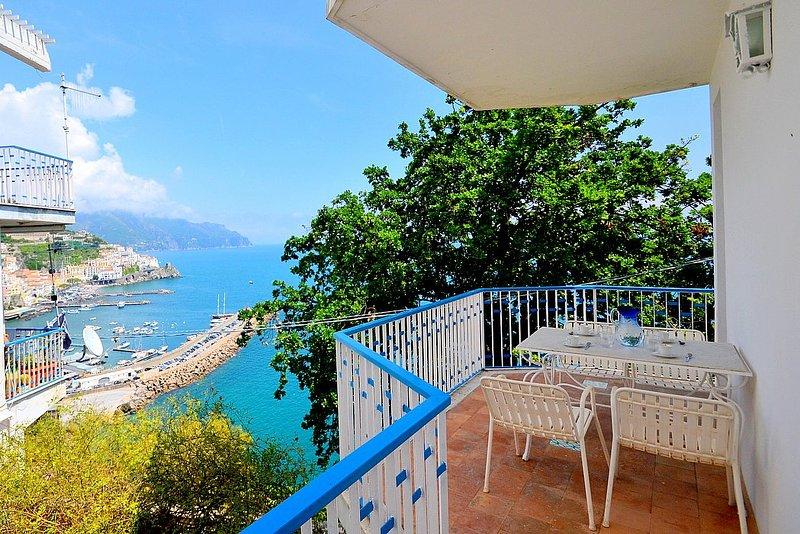 Amalfi Apartment Sleeps 4 with Air Con - 5628984, vacation rental in Pogerola