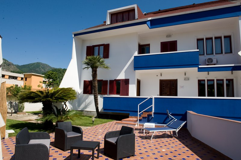 Villitaly Suite & Coffee - Salerno, holiday rental in Mercato San Severino