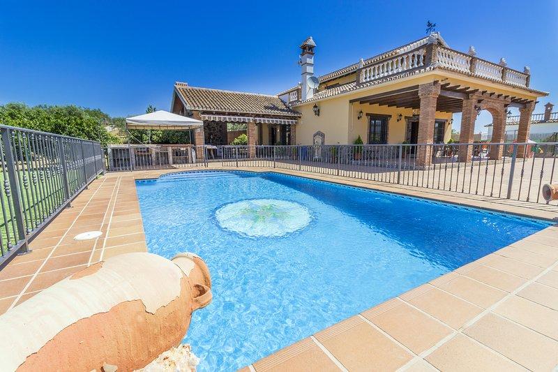 Cubo's Villa Los Javieles, location de vacances à Alhaurin el Grande