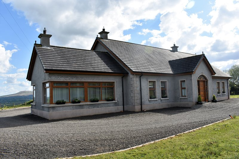 Glenshane Country House is a 5 Star self-catering accomodation in the Sperrins., holiday rental in Maghera