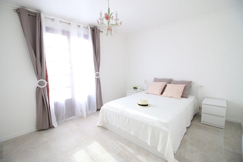Villa provençale proche Cannes, location de vacances à La Roquette-sur-Siagne