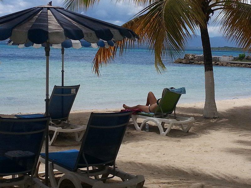 relajarse en la playa
