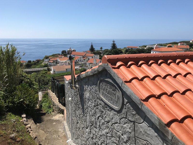 Vivenda Joaquim with fantastic views of the nearby sea.