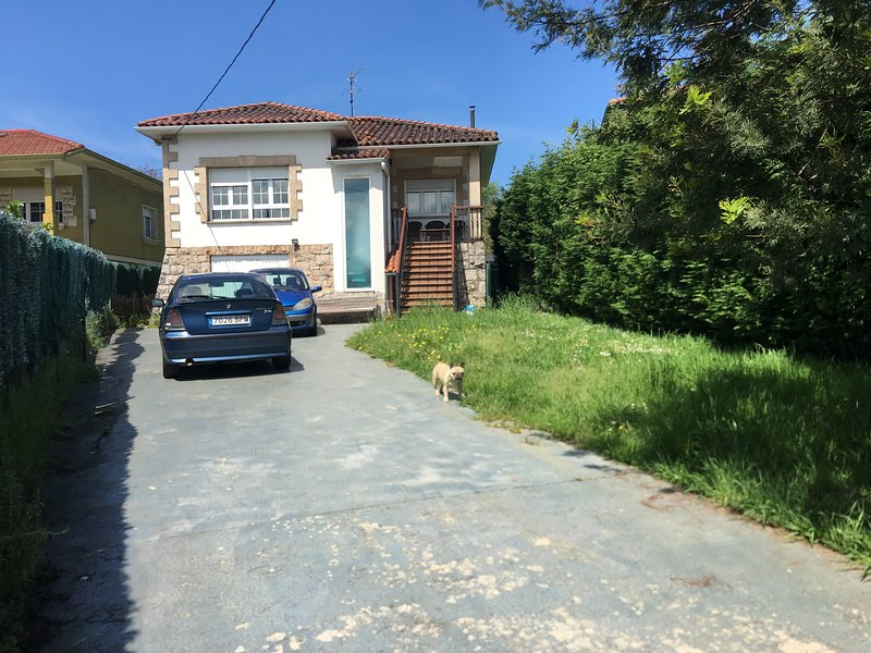 House private estate. Great location 11/09 people