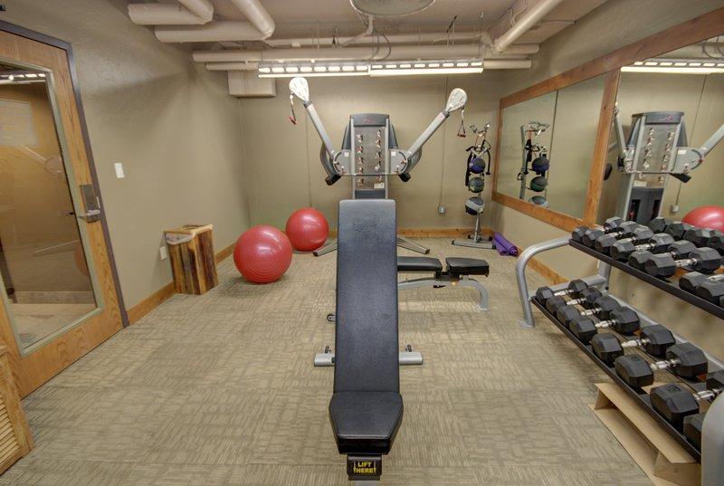 Garage gym before after workout mats for u talkhealth