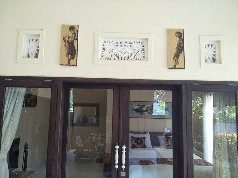 Gunvia Kubu Bali holiday home with pool Lovina, Ferienwohnung in Kaliasem