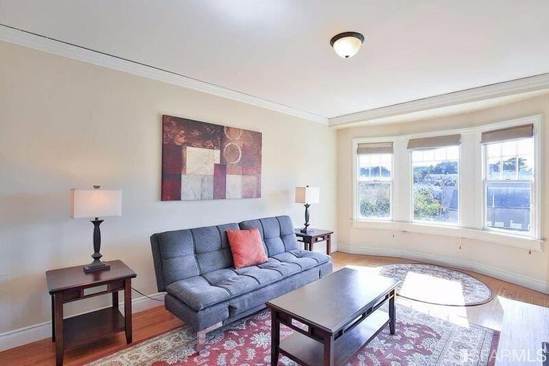 Great deal, whole apartment: convenient, bright, open views, holiday rental in San Francisco