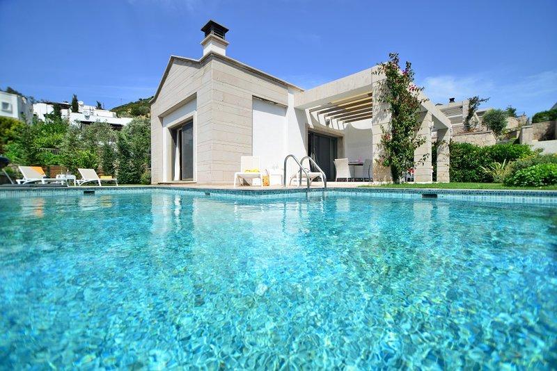 Villa Serene Yalikavak with its beautiful private pool and serene location