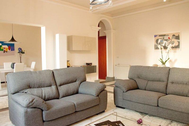 - ViaRoma - Appartamento centralissimo vista mare, alquiler de vacaciones en Regio de Calabria