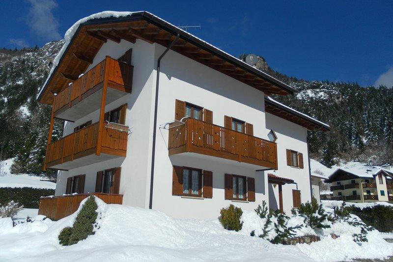 Appartamenti Molvenolago, holiday rental in Vallelaghi