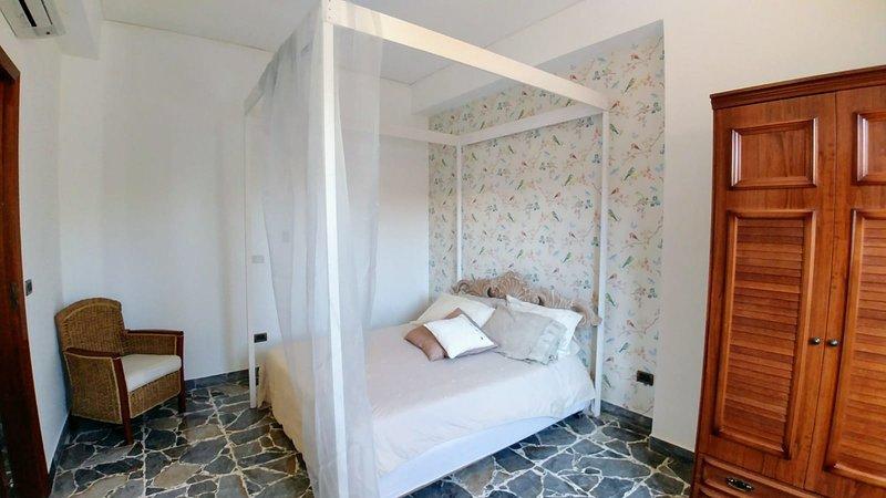 Capo Milazzo Summer Holiday Apartment, location de vacances à Milazzo