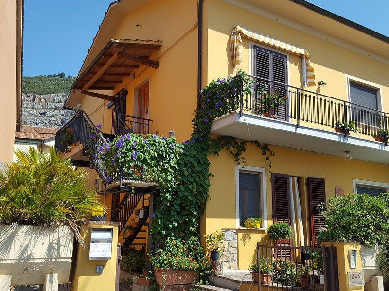 B&B VIA DELLE GROTTA, aluguéis de temporada em Monsummano Terme
