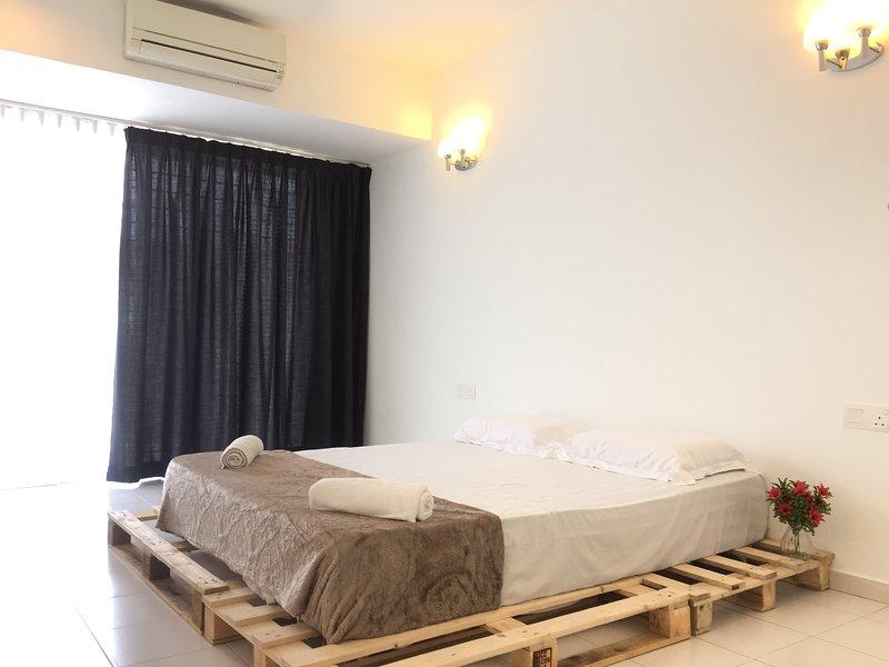 BNB Cozy Homestay - Bandar Country Homes Rawang, holiday rental in Selangor