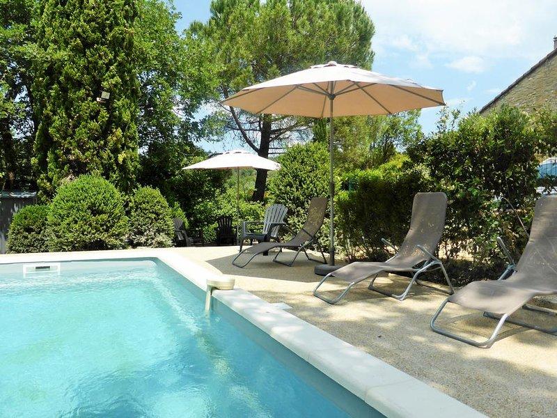 Ancienne bergerie provençale avec piscine, holiday rental in Saint-Marcellin-les-Vaison
