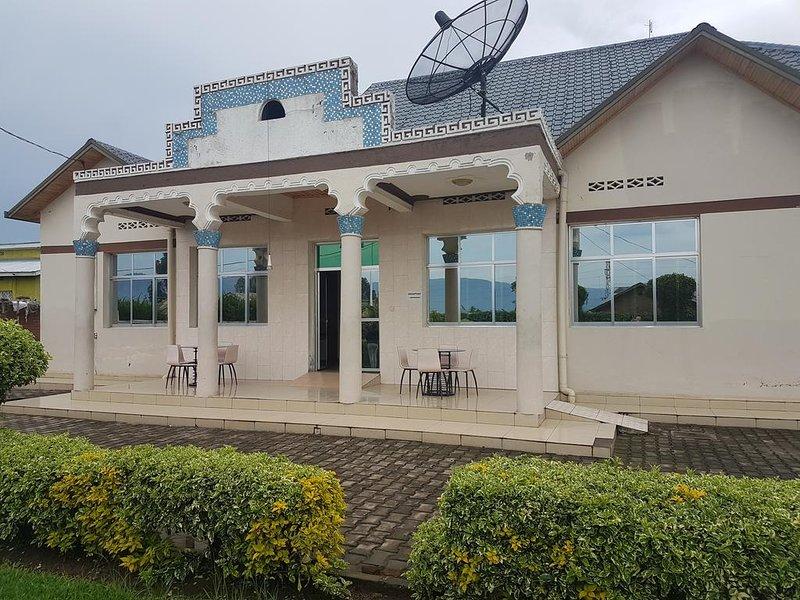 Auberge Ikaze (Room 112), casa vacanza a Mgahinga Gorilla National Park