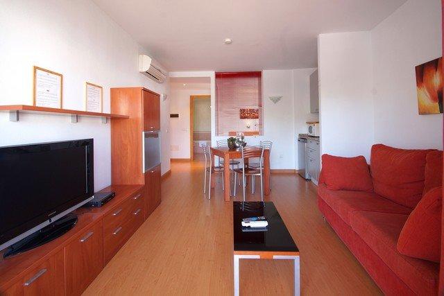 Apartamento Arenal - comodo, luminoso y acogedor - entre Mar y Golf, alquiler vacacional en Pals