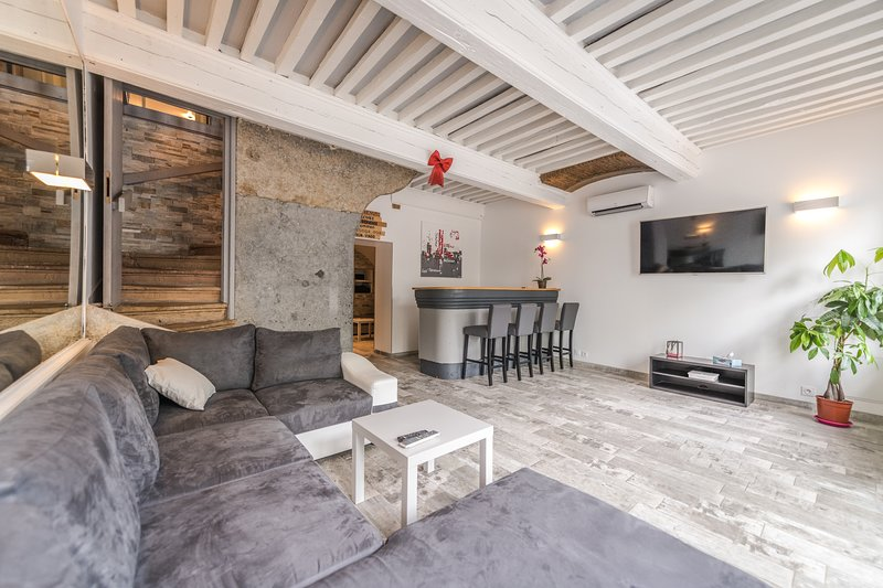 Gîte 'Le Rive Droite', holiday rental in Lozanne