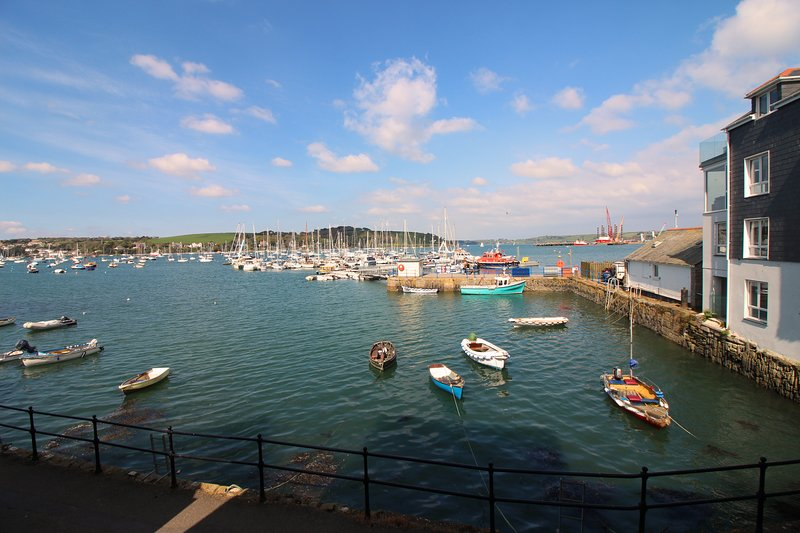 St Just - harbour side apartment, alquiler vacacional en Falmouth