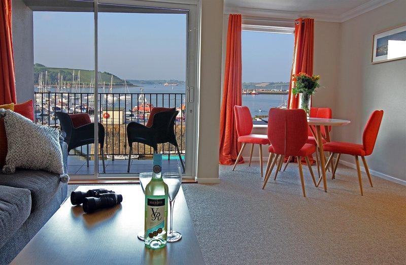 St Piran - harbour side apartment, alquiler vacacional en Falmouth
