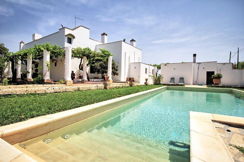 Le Giare lovely masseria, holiday rental in San Simone