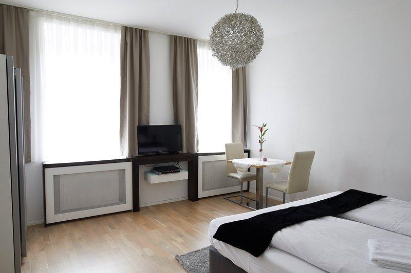 Garden Eden Apartments - Dream (Top 29), holiday rental in Gerasdorf bei Wien