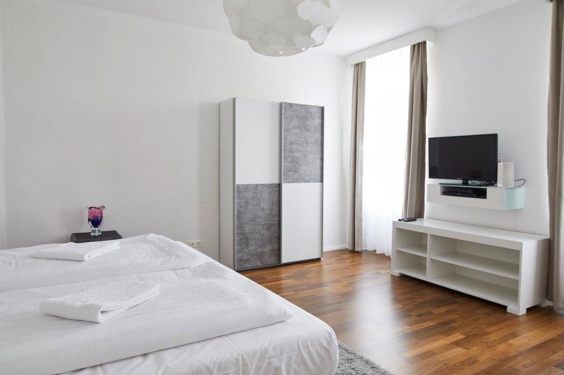 Garden Eden Apartments - Sky (Top 15), holiday rental in Gerasdorf bei Wien