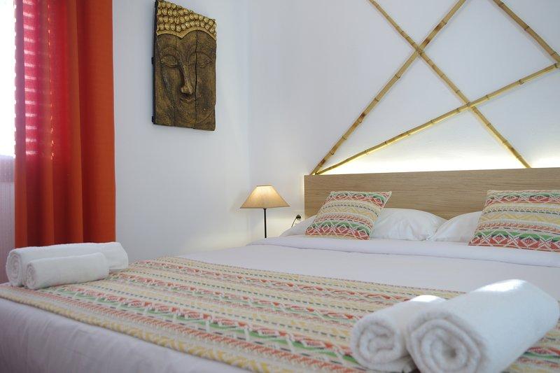 MAGMA Rooms Lanzarote Orange, holiday rental in Playa Honda