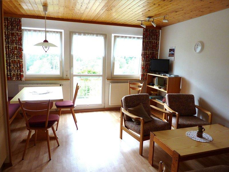 Apartment Wanderlust Todtnau - Traditional black forest family aparmtent with, Ferienwohnung in Bürchau