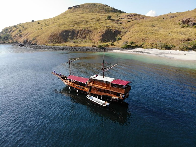 Vidi Liveaboard, holiday rental in Badjo
