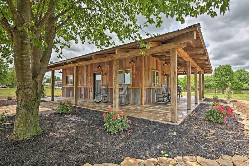 Waterfront Nevada Home: Private Dock, Fishing Pond, holiday rental in Moundville