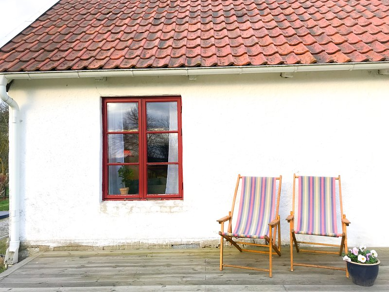 Hannas B&B - Cozy holiday home in Österlen, vacation rental in Karlaby