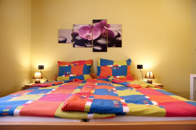 Stylish Suite with Pool in Portoroz Center JM1, holiday rental in Portoroz