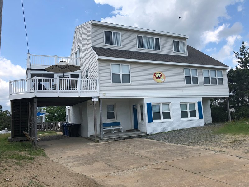 Front view of our Beach House!