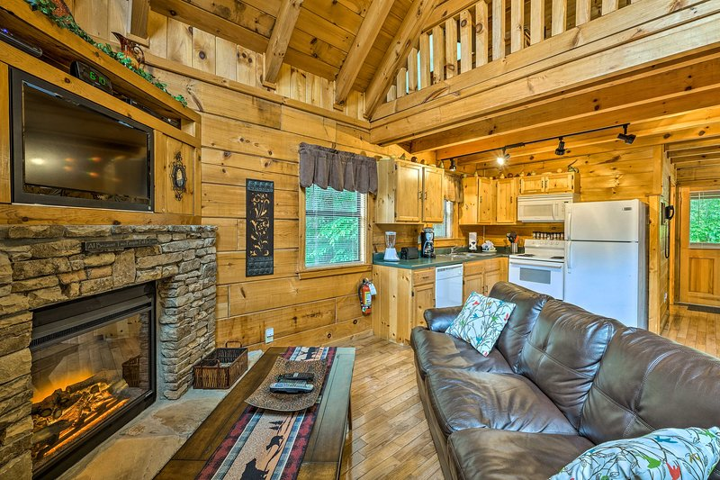 Get away from it all at this Gatlinburg vacation rental log cabin!