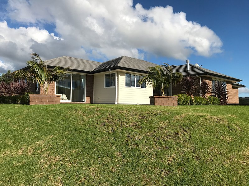 Award winning Holiday Home in Bay of Islands, vacation rental in Bay of Islands