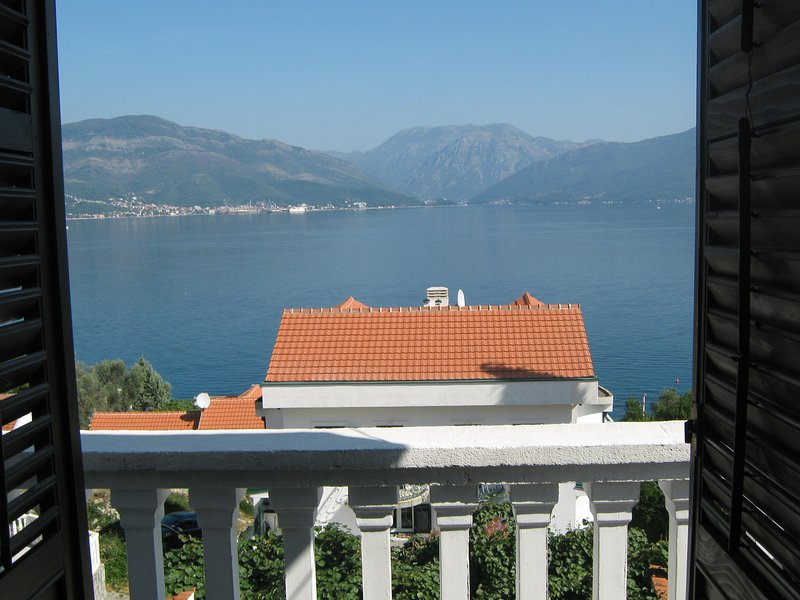 Krasici Sea view apartment, location de vacances à Baosici