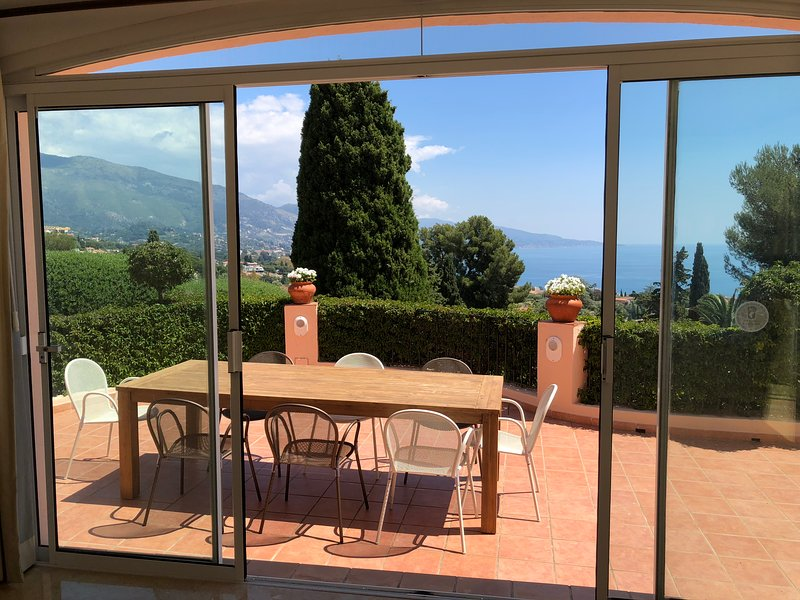 VILLA DES CYPRES, vacation rental in Monaco-Ville